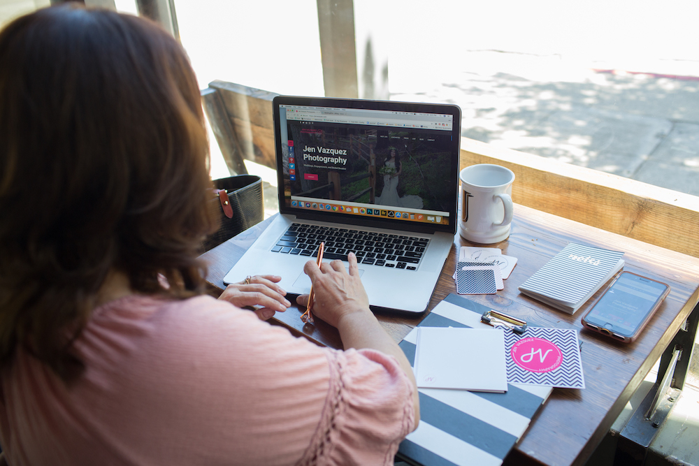 Jen Vazquez of Women Who Execute helping wedding photographers to identify their ideal bride and book her!